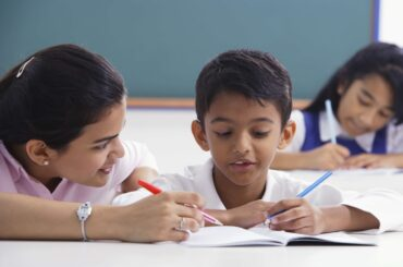 How Can a Teacher Help in Student Career Guidance?